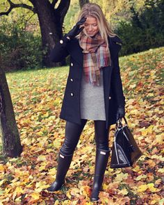 Plaid scarf. Tunic sweater. Leggings. Hunter boots.