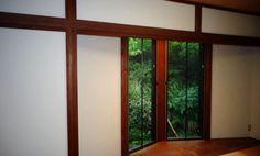 珪藻土 エコ・クィーンで塗り替えた和室壁。フラット仕上げ