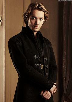 Reign [TV Show] Photo: Reign Francis (Toby Regbo)