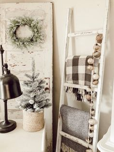 Your place to buy and sell all things FT White Shabby Chic Blanket Ladder Distressed Diy Ladder, Diy Blanket Ladder, Ladder Decor, Ladder Stands, Bedroom Decor, Wall Decor, Diy Mirror, Shabby Chic Decor, Colorful Decor