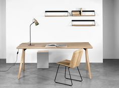 Oak FLOW TABLE by Universo Poisitivo. In this design, we try to let the wood speak. Its warmth and softness are accentuated in the rounded curves of the table top, contrasted by the metal structure that holds everything firmly together at the base. The Flow table can be used both as an office table or a dining table.