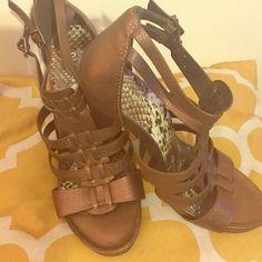 Reduced Gianni Bini Women Sandals