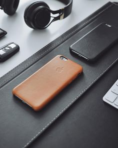 Saddle Brown Leather Case for iPhone - 8 Months Used - UltraLinx