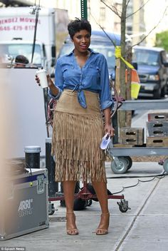 Looking fab! Jennifer Hudson showed off her flair of boho-chic as she posed for a photosho...