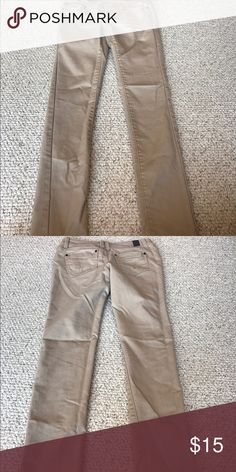 Khaki Skinny Jeans Khaki colors skinny jeans, runs small, comfortable fit lightly worn Highway Jeans Jeans Skinny