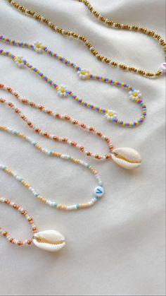 Bead Jewellery, Beaded Jewelry, Jewelery, Beaded Bracelets, Bracelet Crafts, Jewelry Crafts, Cute Jewelry, Jewelry Accessories, Pulseras Kandi