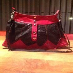 Leather skirtbag