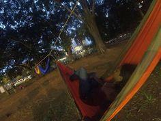 nikmatin aja dulu #hammock #hammocking #hammocklife #peace by @tmaulana709
