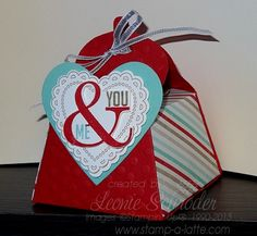 Box O' Love for Valentine's Day!  I loved making this ... it's 'chock' full of chocolates for my huibby of 29 years! He better like it!  Fresh Prints DSP Stack, Hearts a Flutter, Perfect Pennants #StampinUp #BigShot #ValentinesDay