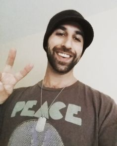 'To Give' ft. Matisyahu is a nominee for the largest music comp for Peace! Please cast yr vote! http://www.masterpeace.org/contestants/to-give/ …