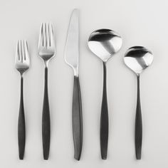 Arc Flatware Collection
