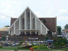 cathedrale de la paix, North 10, Yaundé, Camerún, Yaounde : consultez 4 avis, articles et photos de cathedrale de la paix, North 10, Yaundé, Camerún, classée n°7 sur 10 activités à Yaounde sur TripAdvisor.