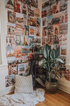 Cute Bedroom Decor, Room Ideas Bedroom, Bedroom Inspo, Indie Room Decor, Room Wall Decor, Indie Dorm Room, Bedroom Decorating Ideas, Cozy Teen Bedroom, Dorm Room Themes