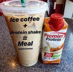 Who makes this concoction? How many of you mix protein or collage. - Who makes this concoction? How many of you mix protein or collagen into your hot cof - Protein Smoothies, Protein Snacks, Smoothie Proteine, Protein Shake Recipes, Healthy Recipes, Healthy Meals, Protein Muffins, Protein Bites, Protein Breakfast