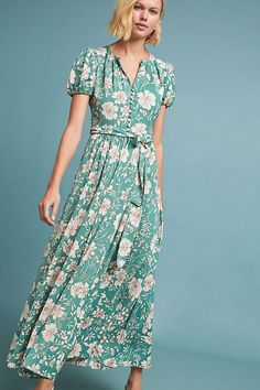 Classic Casual Fashion That Transitions into SPRING! - Classic Casual Home Maxi Wrap Dress, Crepe Dress, Plus Dresses, Casual Dresses, Summer Dresses, Polished Casual, Short Sleeve Dresses, Dresses With Sleeves, Gal Meets Glam
