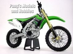 kawasaki kx 450f suciedadmotocross 112 escala modelo de la motocicleta por newray - Categoria: Avisos Clasificados Gratis  Estado del Producto: NuevoNewRay 112 scale model motorcycles are highly detailed and measure approximately 65 inches long by 45 inches high by 2 inches wide They are made of a combination of diecast metal and plastic parts Although the box is labed as diecast, the metal content is quite small in the actual model, it seems to be mainly on the fuel tank The dirtmotocross…