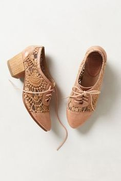 Laceside Oxfords/ anthropologie