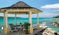 On its own sugary white sand beach lapped by the turquoise waters of Discovery Bay sits the exquisite home Sugar Bay.