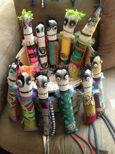 May 2014 snotnormal dolls / group of monster dolls (on Etsy) Zombie Dolls, Voodoo Dolls, Ugly Dolls, Creepy Dolls, Sock Dolls, Doll Toys, Halloween Doll, Halloween Crafts, Monster Toys