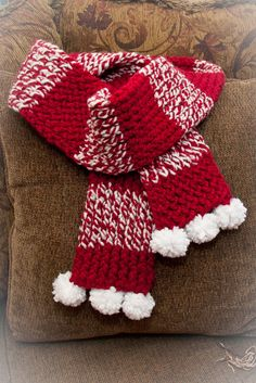 Loom knit holiday scarf pattern, Free by This Moment is Good...: Hats & Scarves
