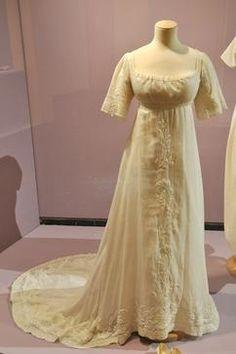 robe de soir e dentelle et sesuins bleu et dor 1905 10 mode 1900 1920 pinterest. Black Bedroom Furniture Sets. Home Design Ideas