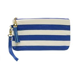 Your style will speak across international waters when you have a bag like this.