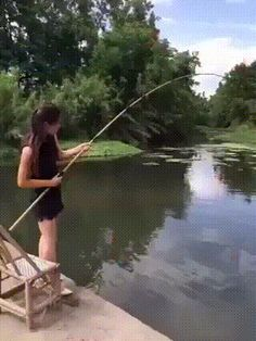 Funny GIF Of A Woman vs Fish LOL