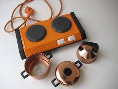 http://de.dawanda.com/product/39974946-Vintage-Maybaum-Kochplatten-fuer-Kinder