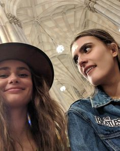 Taylor Hill, New Instagram, Instagram Posts, Emma Watson, Brown Hair, Fashion Photography, Celebs, American, Aphrodite