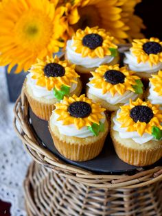 sunflower cupcakes (minus the oreo in the middle-maybe chocolate sprinkles or chocolate sugar)