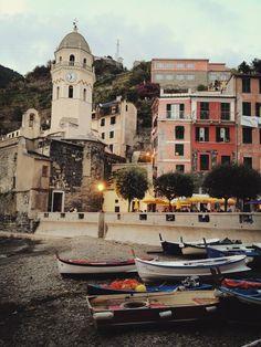 Le splendide Cinque Terre: Vernazza, Italy >> Guarda le nostre Offerte!
