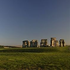 Having made regular trips to southern England in the last number of years, 2013 was a milestone for the family as the last of our three children... Stonehenge, World Heritage Sites, Sunrises, Writings, Trips, Lens, Nature, Breaking Dawn, Viajes