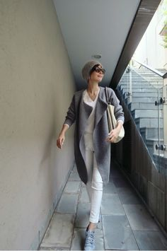 How to Look Good in Any Piece of Clothing – FunFashionistaTips Xl Fashion, Japan Fashion, Fashion 2017, Unique Fashion, Fashion Pants, Daily Fashion, Fashion Outfits, Womens Fashion, Simple Outfits