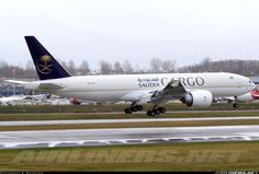 Saudia - Saudi Arabian Airlines Cargo HZ-AK71 Boeing 777-FFG aircraft picture
