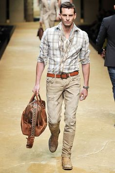 D&G Spring 2010 Menswear Collection Slideshow on Style.com