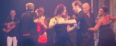 De dansers van Mi Salsa zorgden tijdens de nieuwjaarsvoorstelling voor een vrolijk salsa-optreden.