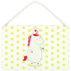 """Deko Schild Einhorn Krankenschwester aus MDF  Weiß - Das Original von Mr. & Mrs. Panda.  Ein wunderschönes Schild aus der Manufaktur von Mr. & Mrs. Panda - die Schilder werden von uns direkt nach der Bestellung liebevoll bedruckt und mit einer wunderschönen Kordel zum Aufhängen versehen.    Über unser Motiv Einhorn Krankenschwester  Unsere Einhorn Krankenschwester bekommt jeden Patienten wieder auf die Beine. Mit der geheimen Superkraft, dem """"Gesundpiksen"""", ist sie das perfekte Geschenk für…"""