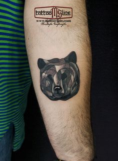 bear tattoo gheometric