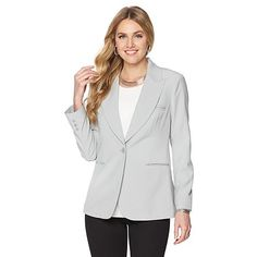 The secret to a crisp looking blazer is to store it well! These blazer tips and tricks will have your sorted.  http://travelsuitcase.net/vrm-site/?s=dg2-by-diane-gilman-gabardine-boyfriend-blazer