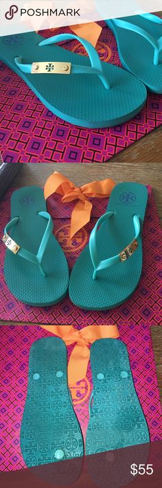 Tory Burch Flip Flops Perfect condition!! Bright real with gold emblem. Super comfortable! Tory Burch Shoes Sandals