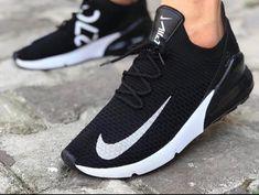 A(z) 16 legjobb kép a(z) Nike cipők táblán ekkor  2019  b6bb1216c7