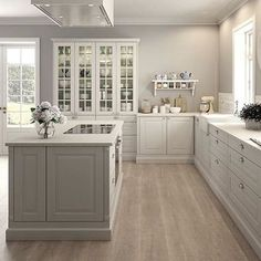 New Kitchen Cabinets Blue Gray Ideas Kitchen Wall Colors, Kitchen Layout, Home Decor Kitchen, Kitchen Living, Kitchen Interior, New Kitchen, Kitchen White, Country Kitchen, Gray Kitchen Walls