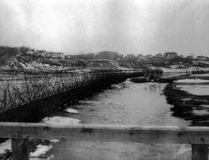 wiosna 1940 widok z drewnianego jeszcze mostu przy Puławskiej River, Painting, Outdoor, Fotografia, Outdoors, Painting Art, Paintings, Outdoor Games, Painted Canvas