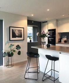 Planta, parede de cor contrastante – new decorating ideas - Modern Home Decor Kitchen, Kitchen Interior, Home Interior Design, Home Kitchens, Diy Home Decor, Kitchen Jars, Kitchen Ideas, Diy Casa, Home Decor Inspiration