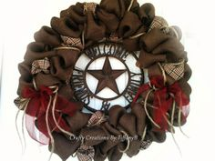 Western Burlap wreath! I seriously want this!!