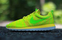 "Nike Roshe Run NM BR ""Charm Yellow"""