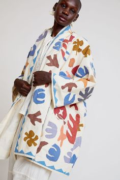Atelier Delphine Cut and Embroidered Haori Coat in Faded Textiles, Quilted Clothes, Mode Kimono, Iranian Women Fashion, Indian Fabric, Vintage Fabrics, Kimono Fashion, Urban Fashion, Textile Design