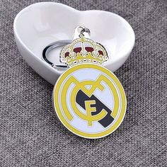 REAL MADRID CF KEYCHAINS @ Size: 6.5 x 5.5cm
