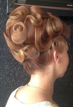 big hair - oooh the curls! Retro Hairstyles, Wedding Hairstyles, Short Hairstyles, Competition Hair, 60s Hair, Bouffant Hair, Hair Issues, Natural Hair Styles, Long Hair Styles