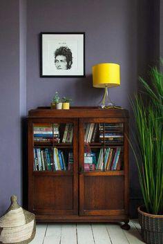 New dark wood furniture living room Ideas Dark Interiors, Wood Interiors, Vintage Interiors, Dark Wood Furniture Living Room, Home Living Room, Living Room Decor, Decoracion Vintage Chic, Floating, Interior Decorating